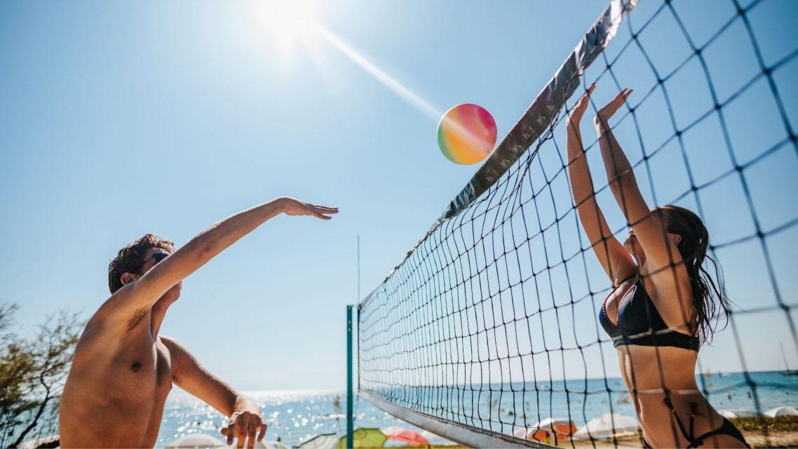 Beach game à Barcelone